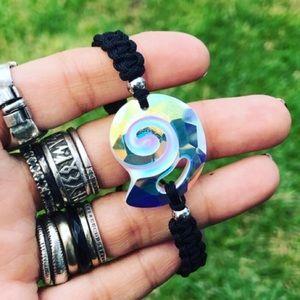 Silverskylight Jewelry - Swarovski crystal shell boho macrame bracelet